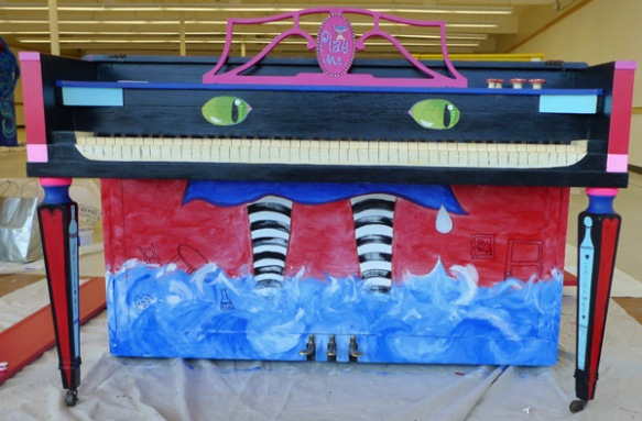 Heather Carr Xe3ep Xezep Alice in Wonderland Cheshire cat street art piano